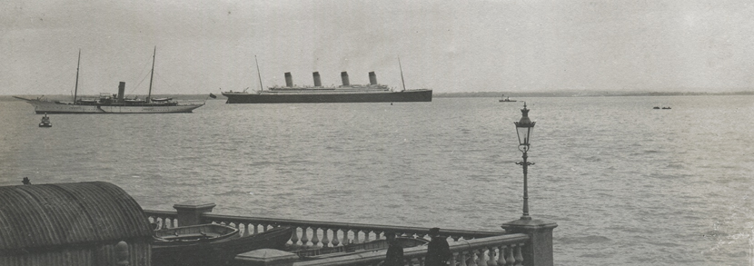 A photographic postcard titled �S.Y. Alberta, S.S. Titanic, Cowes 10 4 1912�