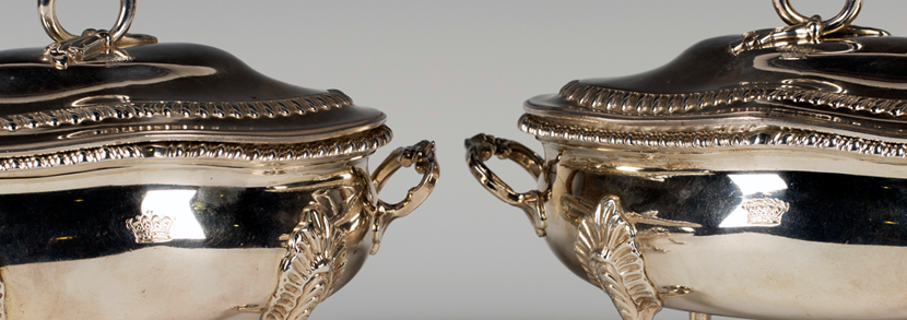 A pair of George III silver tureens London, 1820 by John Houle Hammer price: £2,500