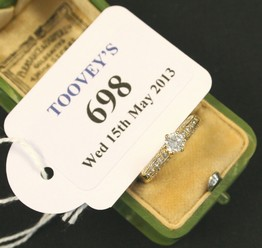 LOT 698
