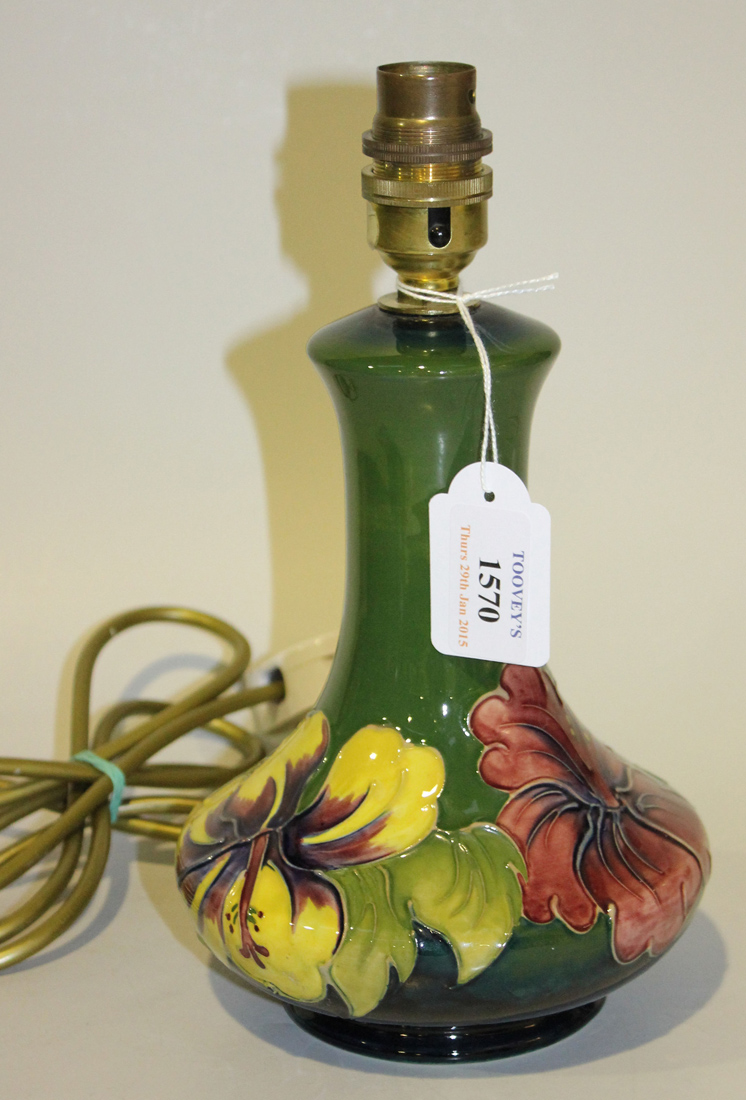 A Moorcroft table lamp base decorated