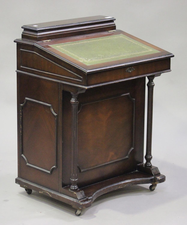 A Late 20th Century Reproduction Mahogany Davenport Desk The Hinged