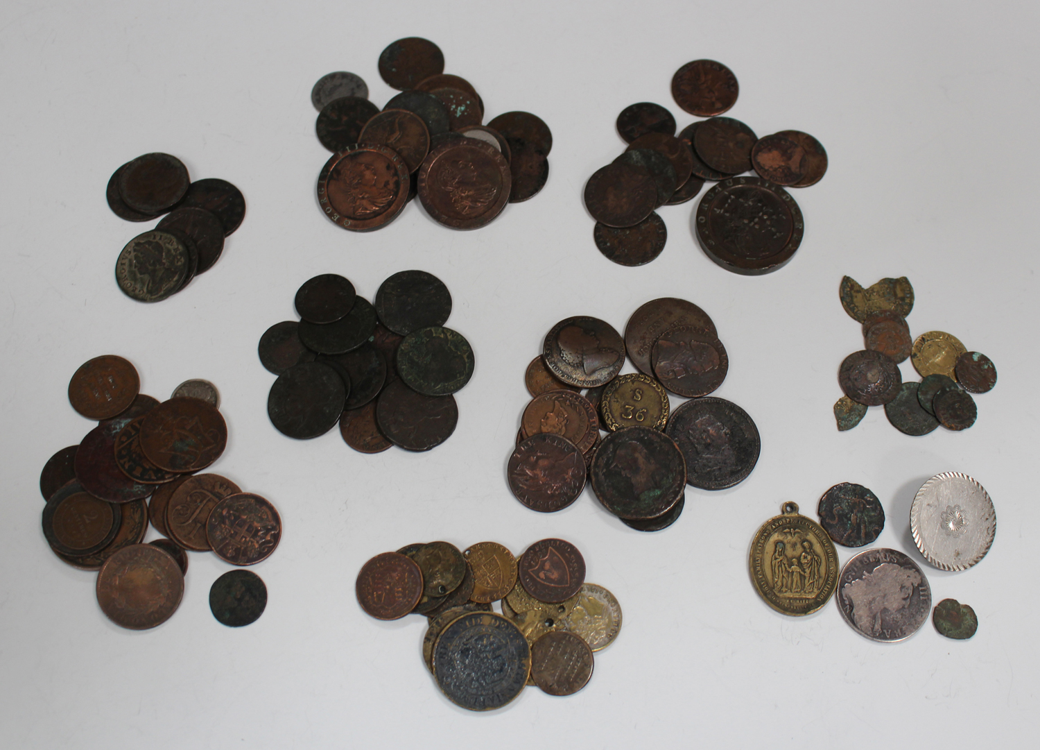 A group of 17th century and later British and world coins